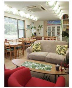 Hawaiian Moana Cafeが  がリビング新聞に掲載されました。